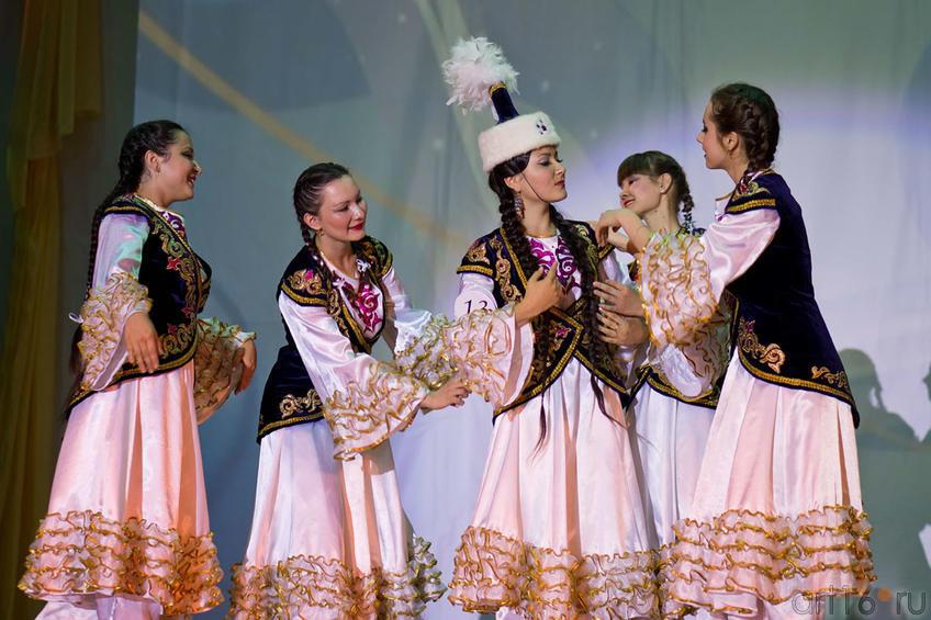 Айнура Каримова (Казахстан) исполняет ʺТанец птицыʺ::Жемчужина мира - 2012