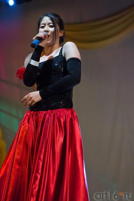 Чен Е (Китай) исполняет партию из оперы Кармен на китайском языке!!!::Жемчужина мира - 2012