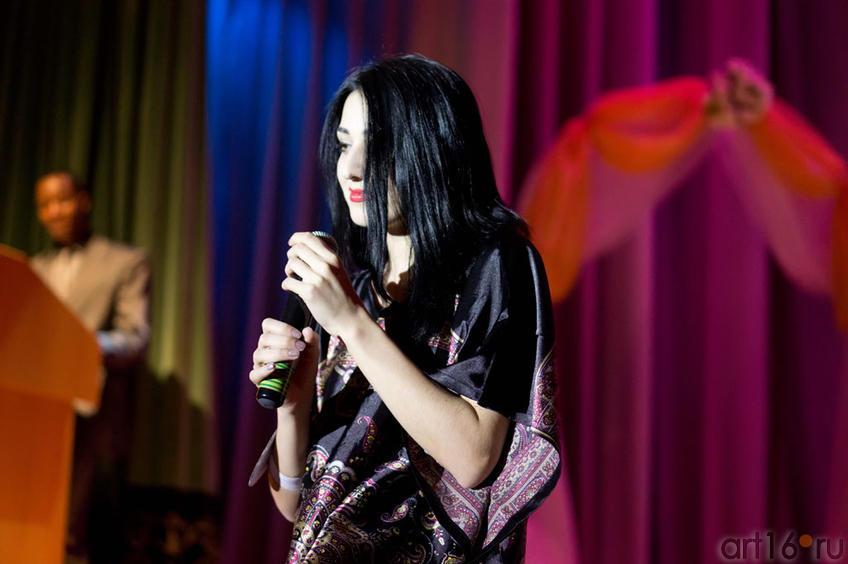 Зульфия (Дагестан/Россия), исполняет песню на кумыкском::Жемчужина мира - 2012
