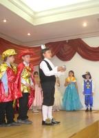 Принц  с туфелькой Золушки