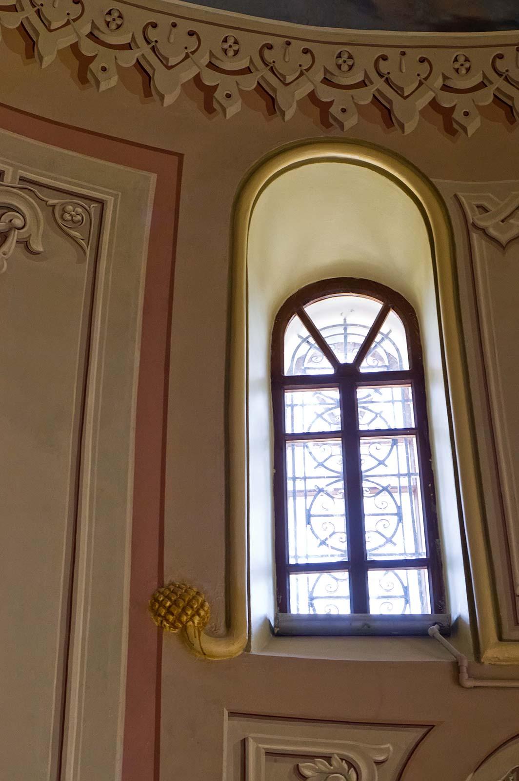 Фото №104544. Окно Собора Богоматери Всех Скорбящих Радости