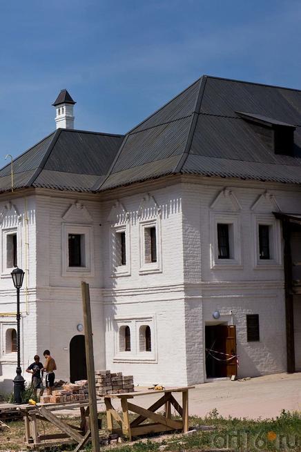 Монастырское училище. Свияжск, июль 2012::Свияжск, июль 2012