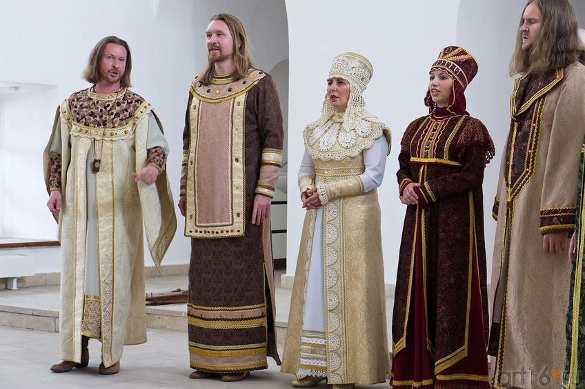 Ансамбль духовной музыки «Светилен» (г. Иваново)::Свияжск, июль 2012