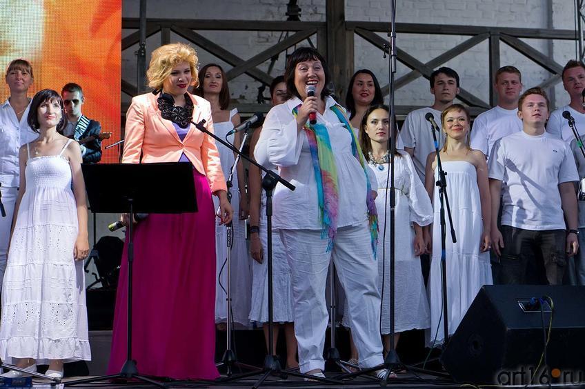 Фото №105056. Тина Кузнецова и Государственный Камерный хор Республики Татарстан
