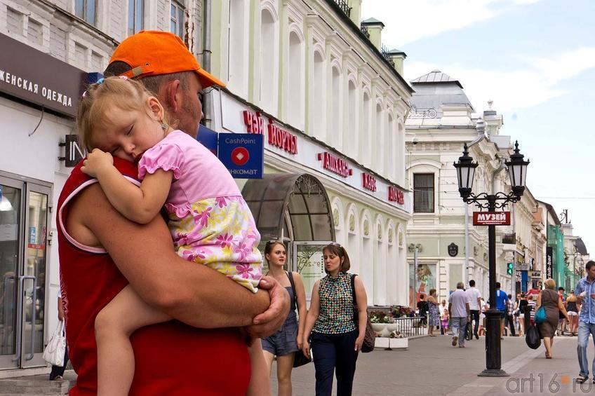 Фото №105275. Угол ул. Баумана, ул. Университетская. Казань, июль 2012