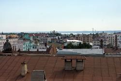 Вид с лестницы Петропавловского собора. Казань, июль 2012