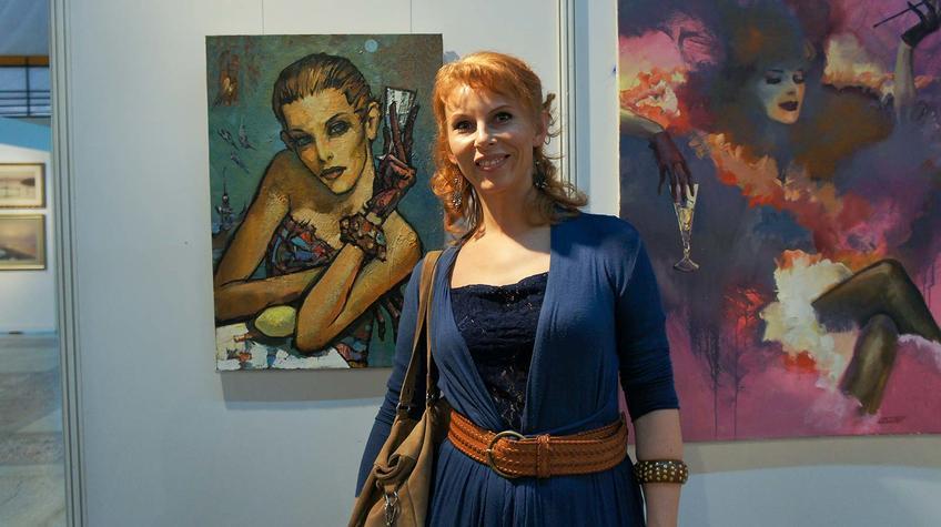 Фото у понравившегося портрета. Пермская ярмарка::«Арт Пермь» — 2012