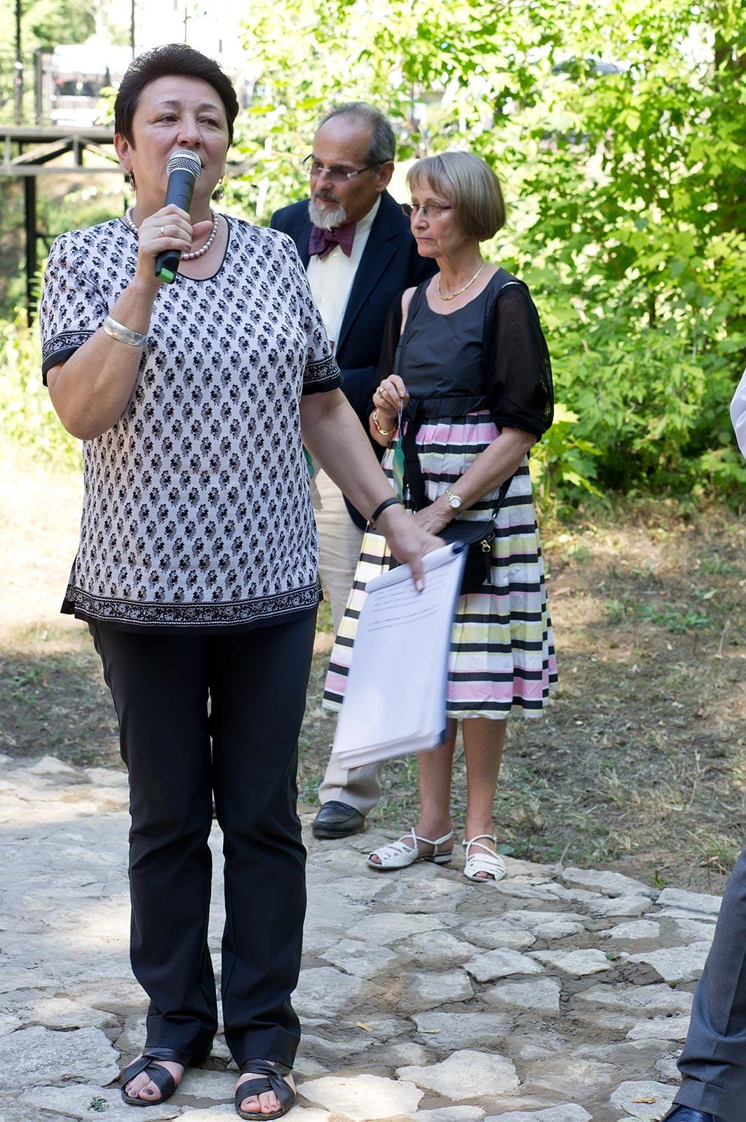 Фото №108871. Гульзада Руденко. Открытие памятника ''Дерево потомков''