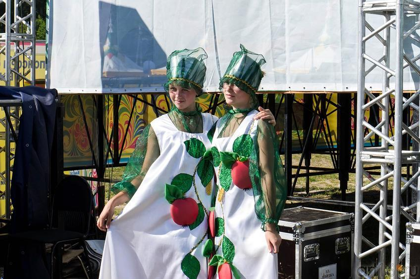 Фото №108997. Перед выступлением. Елабуга, 3 августа 2012, Спасская ярмарка