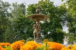 Фонтан в ленинском садике, сентябрь 2012