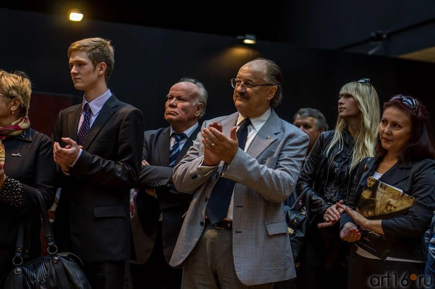 Фото №115030. Джангвидо Бреддо на открытии выставки ''Гений да Винчи''