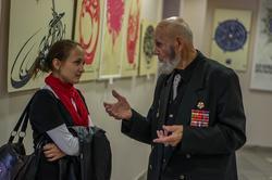 В.А.Попов. Общение  перед открытиес выставки