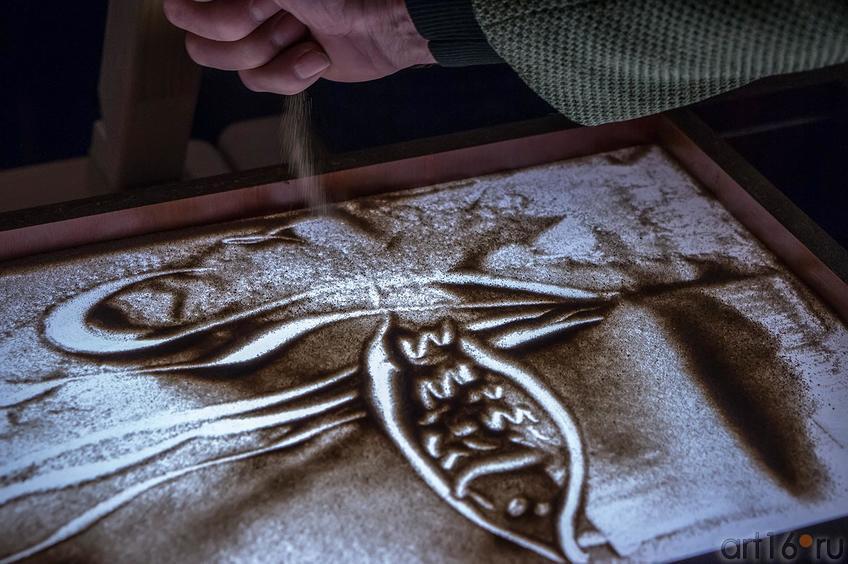 песочный рисунок Дамира. Мастер-класс Елены Ермолиной по песочной анимации::Песочное шоу