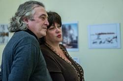Ленар Гильмутдинов с коллегой. Открытие выставки арт-группы ''Дастан''