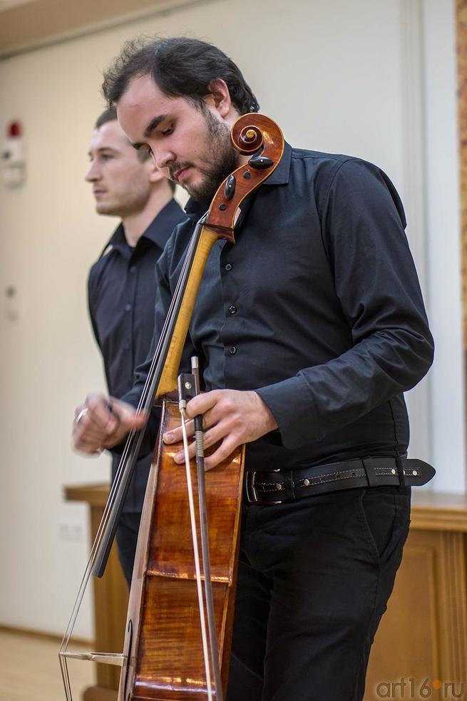Фото №117528. А.Абашев, С. Пономарев и ''Блокадная виолончель''