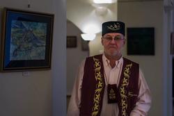 Ирек Ахметов на выставке