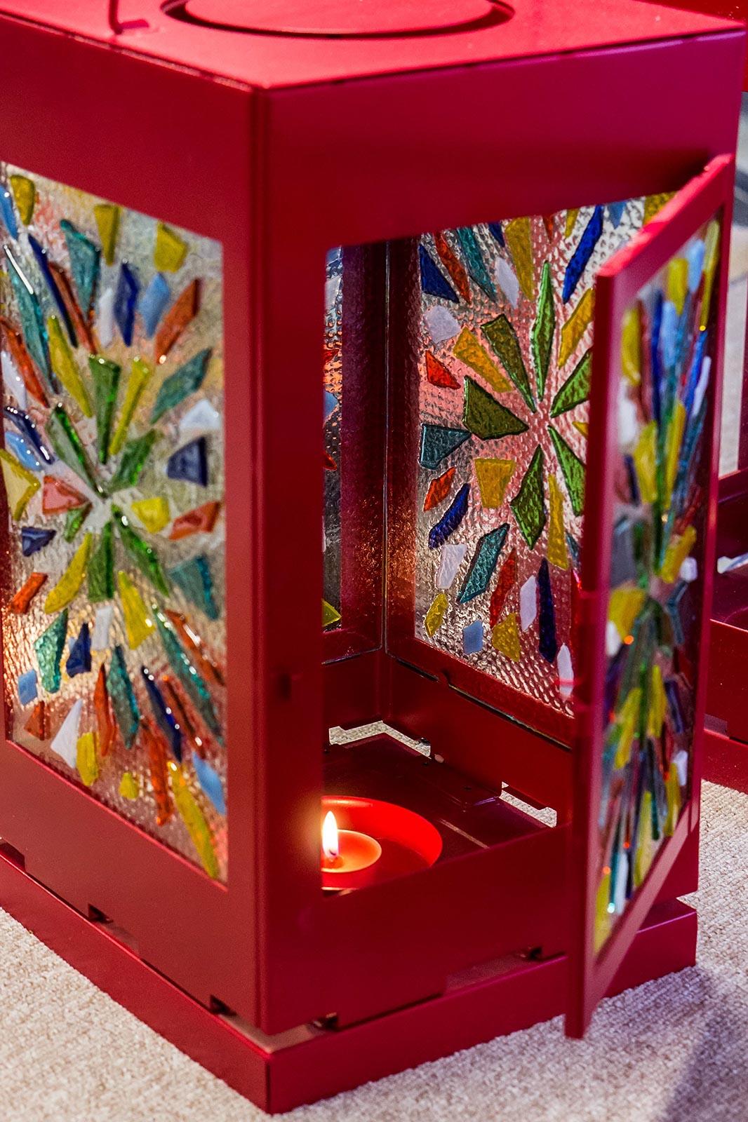 Фото №119231. Декорированный фонарь. Фьюзинг. Дом стеклянного творчества, ноябрь 2012