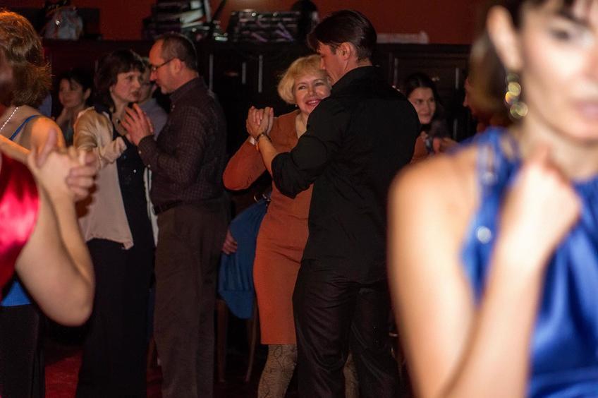На милонге   в  кафе «China Town». 11.12.2012, Казань::Танго