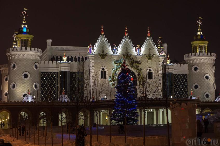 Фото №122314. г. Казань, здание кукольного театра «Экият»