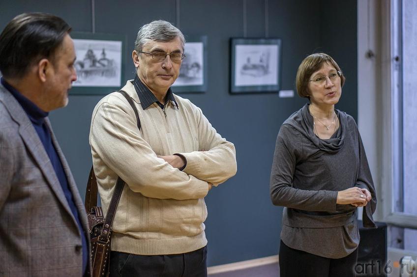 А. Артамонов, И.Самакаев, О.Улемнова. Открытие выставки ʺПро-карандашʺ::Про-карандаш