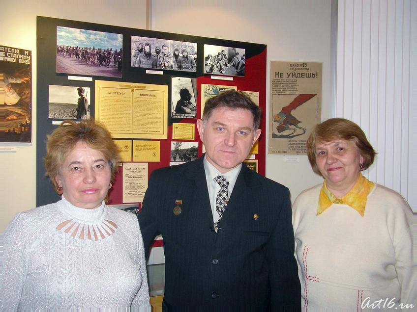 М. Черепанов и родственники Бадриева::Нет в России семьи такой....