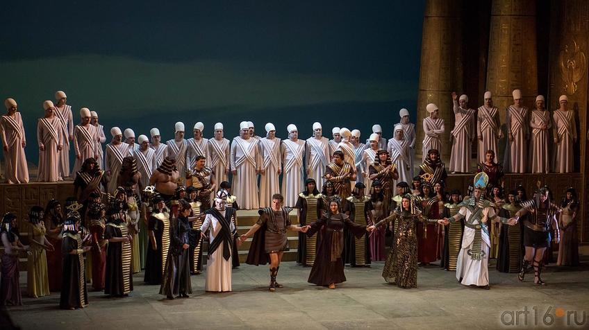 Фото №124488. На поклон. Опера Дж.Верди «Аида», 1.02.2013, ТАГТОиБ