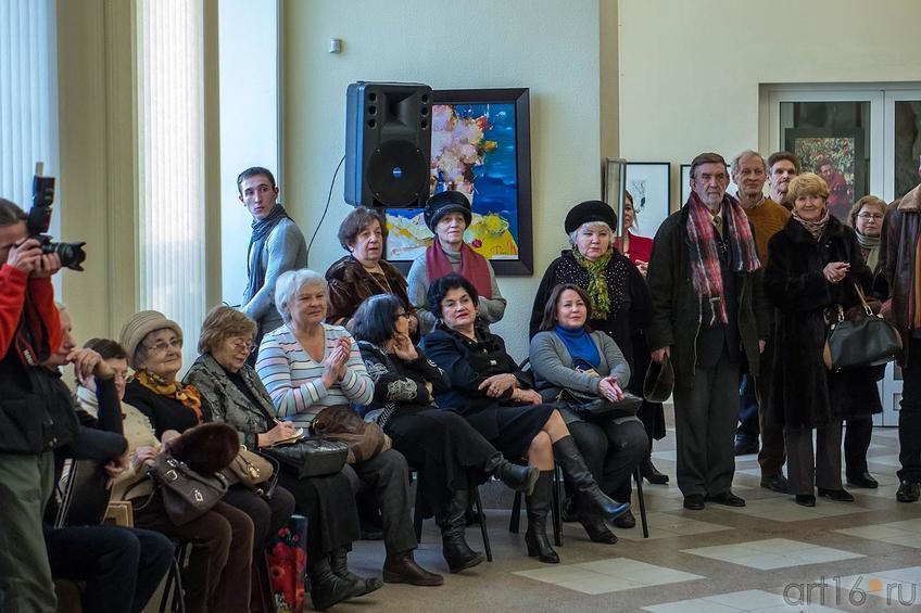 На открытии выставки ʺ30 дней до весныʺ, галерея Мазитова, 1 февраля 2013::«30 дней до весны» выставка художников, Чебоксары, Казань