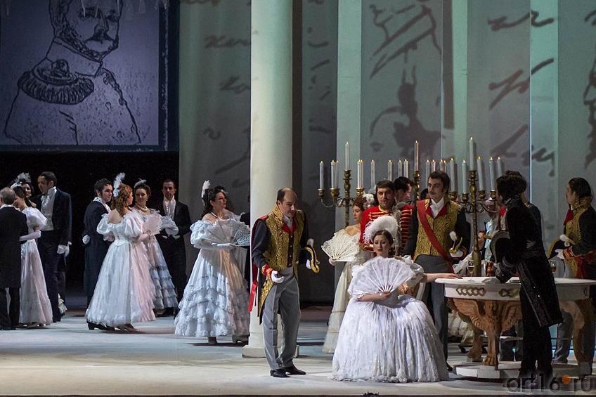 Онегин с трудом узнает Татьяну::Опера «Евгений Онегин», XXXI Шаляпинский оперный фестиваль
