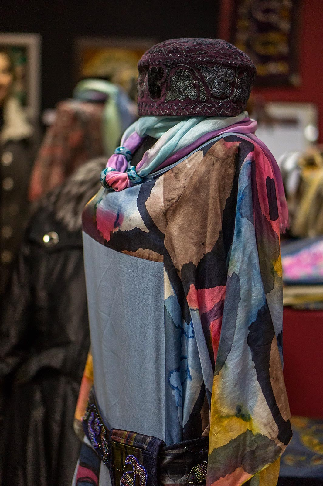 Фото №135581. Коллекция этнической одежды производства Арт-студии «Айсель»
