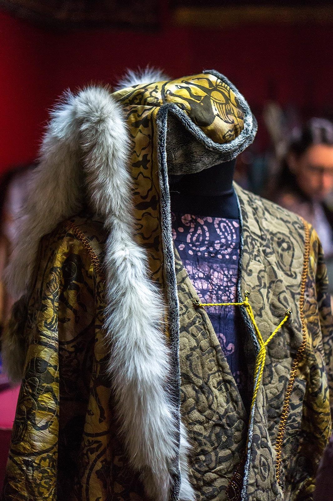 Фото №136007. Коллекция этнической одежды производства Арт-студии «Айсель»