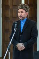 Зуфар хазрат Галиулла на открытии выставки Р.Саляхутдинова, 8.02.2013