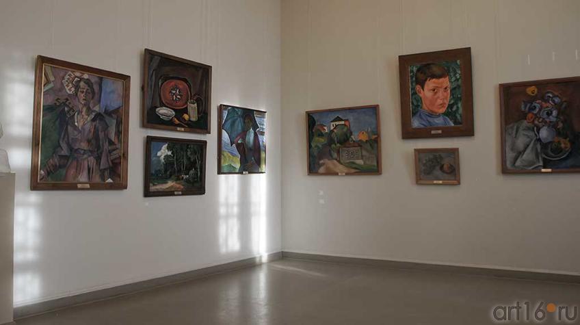 Фото №92637. Фрагмент экспозиции. Зал Русского искусства нач. XX  века