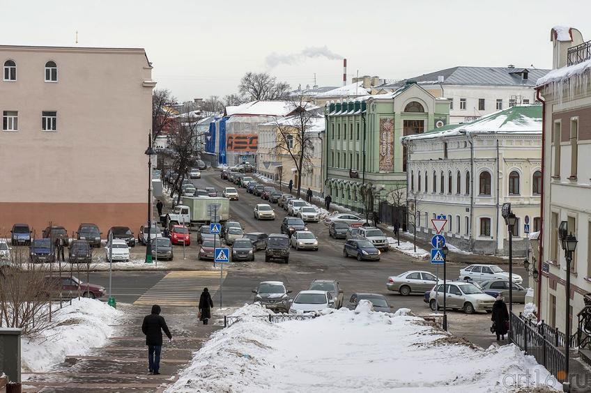 Фото №136713. Вид на главный дом городской усадьбы Урванцевых (К.Маркса,11) со стороны ул. Миславского