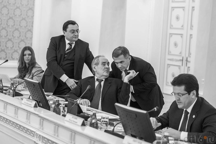 Фото №137056. О.Балтусова, А.Сёмин, М.Шаймиев, Р.Минниханов, Р.Метшин