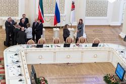 М.Шаймиев. Общение в рамках конференции