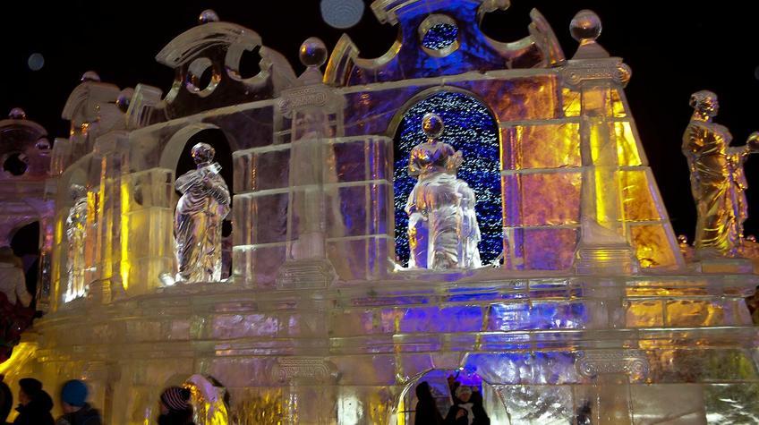 Фото №90288. Ледяной античный театр. Эспланада. Пермь. Январь 2012