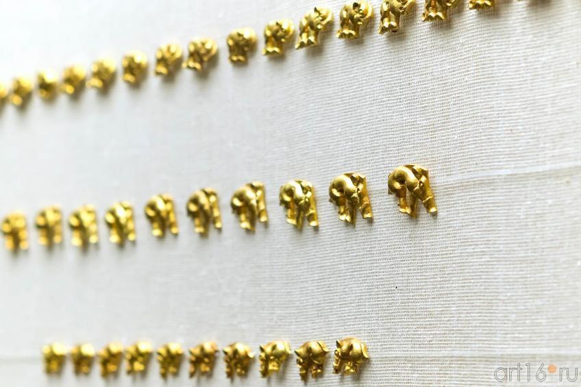 Фото №102596. Бляшки в виде кабана - украшение Горитны, Золото