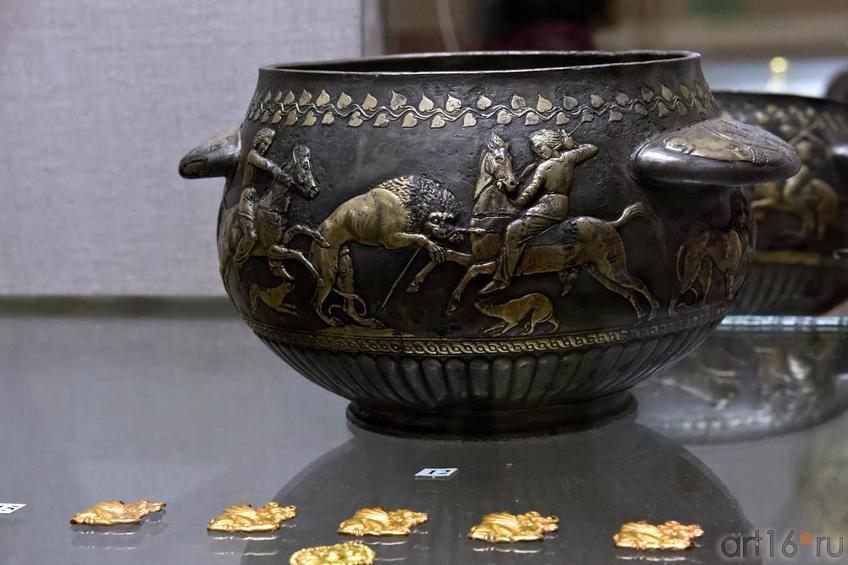 Фото №102661. Сосуд со сценами охоты, Начало IV и. до н.э.