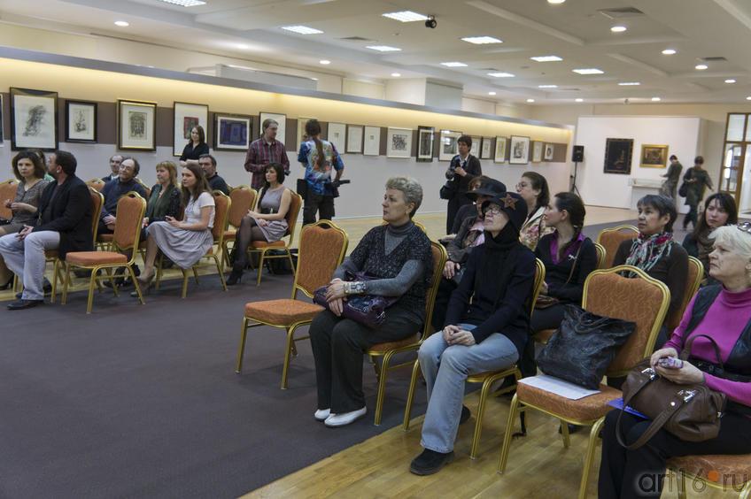 Фото №76662. На открытии выставки в Манеже (29.04.2011)