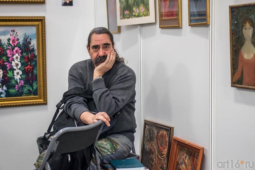 Тимофеев Виктор Евгеньевич на  «Арт-галерее. Казань — 2013»::Арт-галерея 2013 на Казанской ярмарке