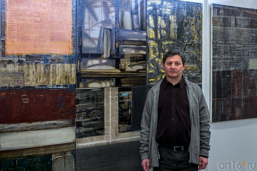 Рустем Салихов на «Арт-галерее. Казань — 2013»::Арт-галерея 2013 на Казанской ярмарке