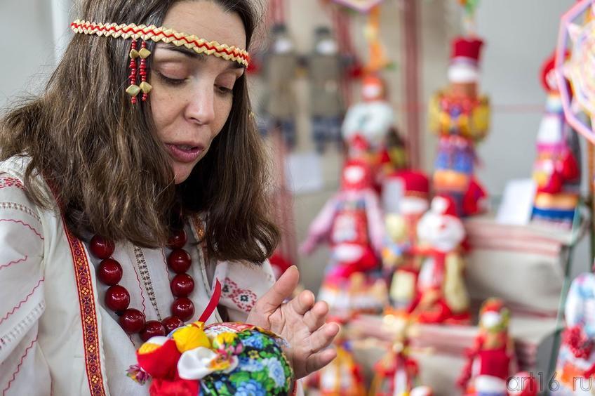 Фото №140253. Ирена Палей. Обережные куклы (Казань). «Арт-галерея. Казань — 2013»