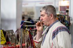 Виктор Учаев (Сызрань). На «Арт-галерее. Казань —2013»