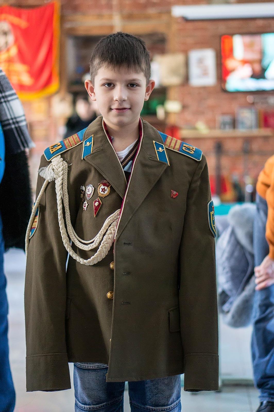 Фото №140538. Роберт Мухаметшин в парадной форме ВДВ