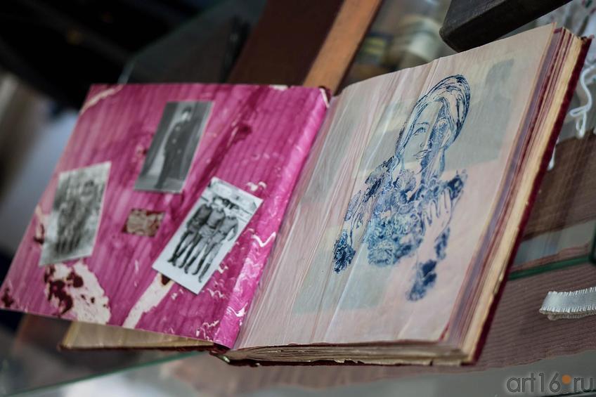Фото №140574. Дембельский альбом. Типовое оформление 1970-80-х