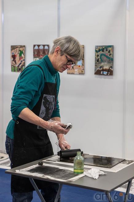Юрий Штапаков, Санкт-Петербург::Арт-галерея 2013, на Казанской ярмарке ( ч.2)