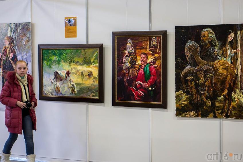 Фрагмент экспозиции Александра Шадрина::Арт-галерея 2013, на Казанской ярмарке ( ч.2)