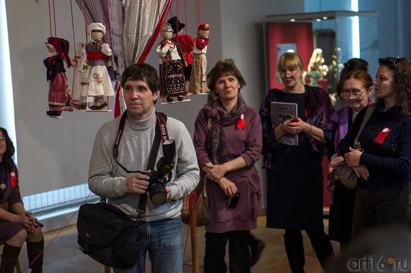 Фото №142639.  Открытие выставки ''Зазеркалье''