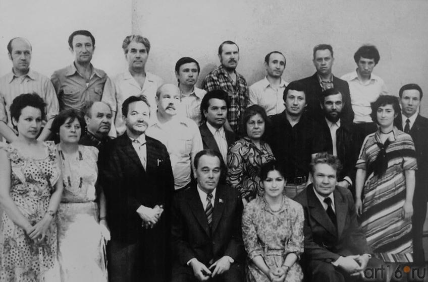 Фото №144552. Фотография из Архива. Ф. Хасьянова в центре, в первом ряду
