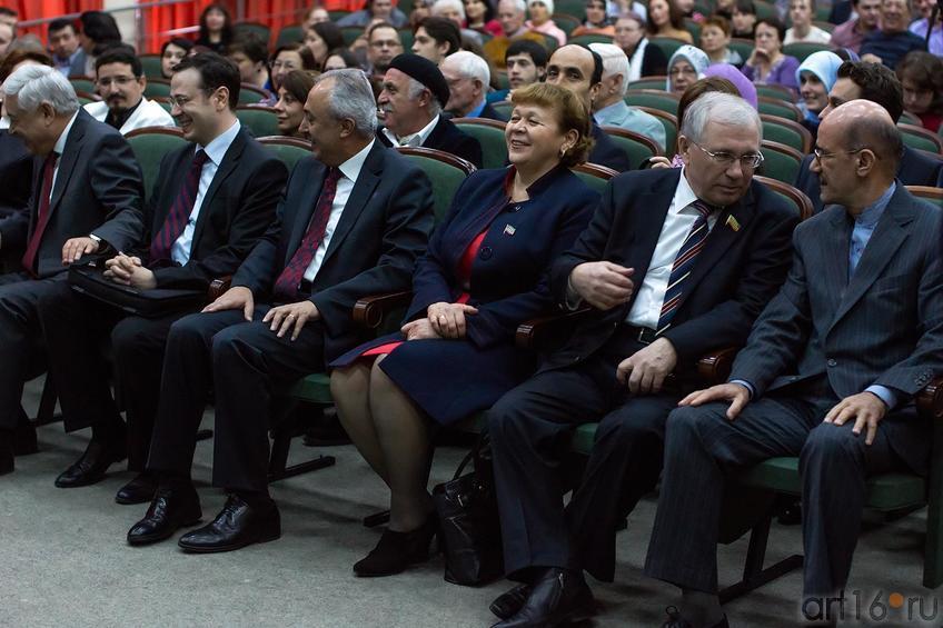 Фото №147778. Перед концертом Хора классической турецкой музыки при Президенте Турции
